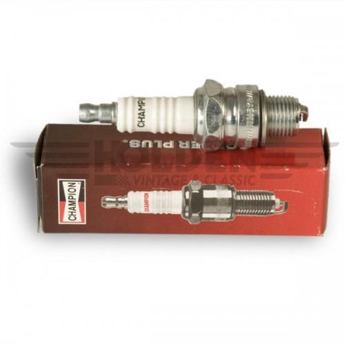 L82C Champion Spark plug that replaces L7/L10S image #1