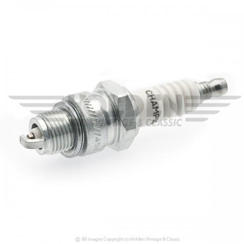 L88A Champion Spark Plug image #1