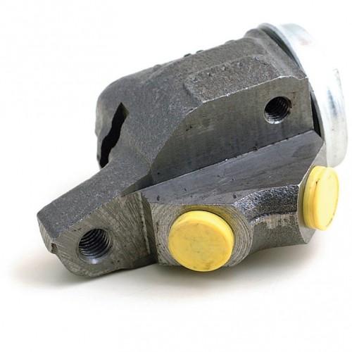 Sprite/Midget/Minor/ MGA/TR2/TR3 Front LH Brake Cylinder image #1